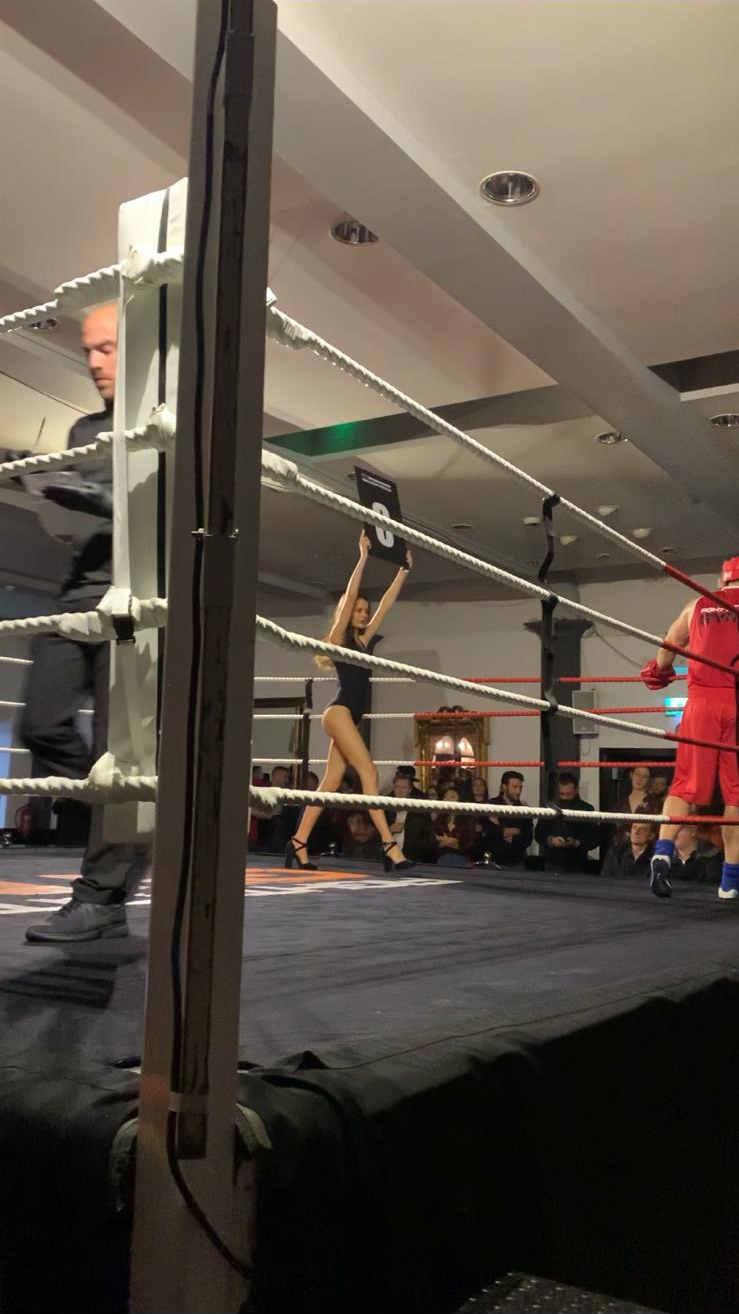Ring Girls – Fight City Gym – London Irish Centre – 28th Nov 2019